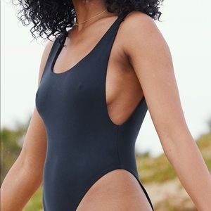 Aerie One-piece Swimsuit!! Black and size large